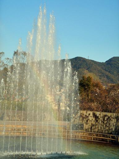 070116 小 噴水と虹.jpg