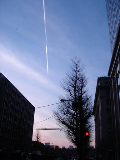 070322 小 飛行機雲 .jpg