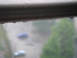 070531  s  雨.jpg