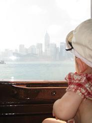 080507  s  Youk Hongkong 窓から.jpg