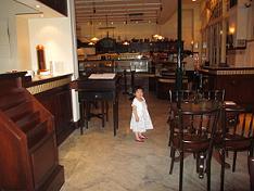 100605  s  empire cafe.jpg