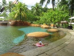 1205  s pool2.jpg